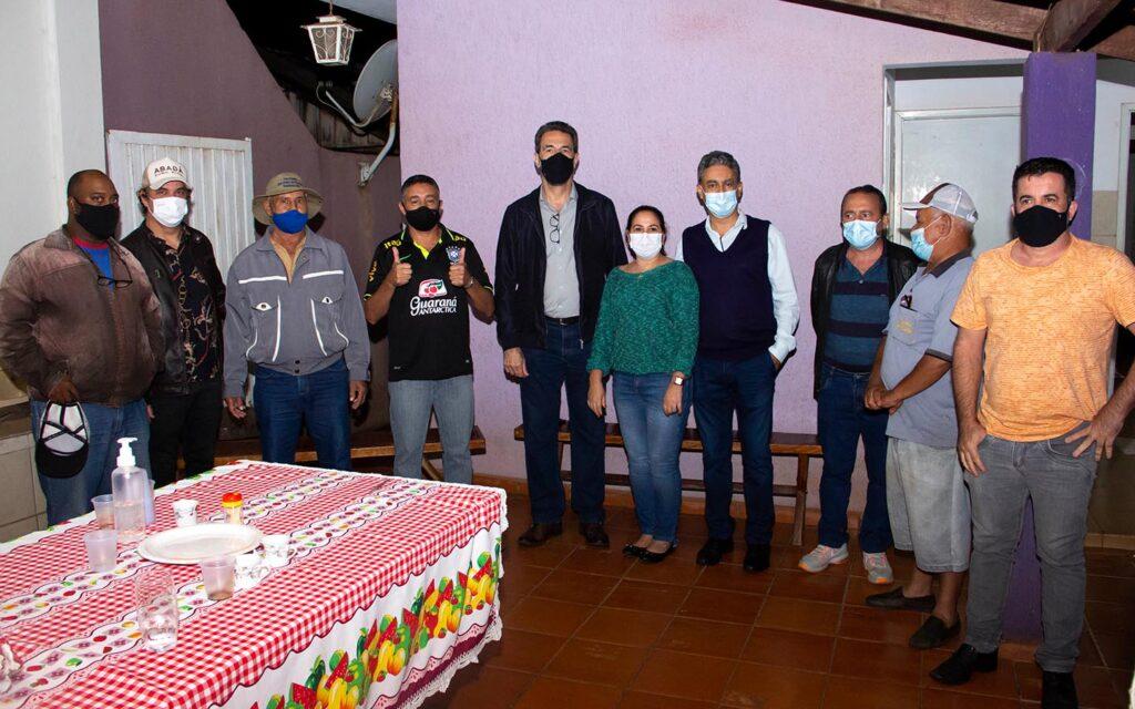 O casal José Carlos Perez e Carmen Perez abriram as portas em Alvorada do Sul