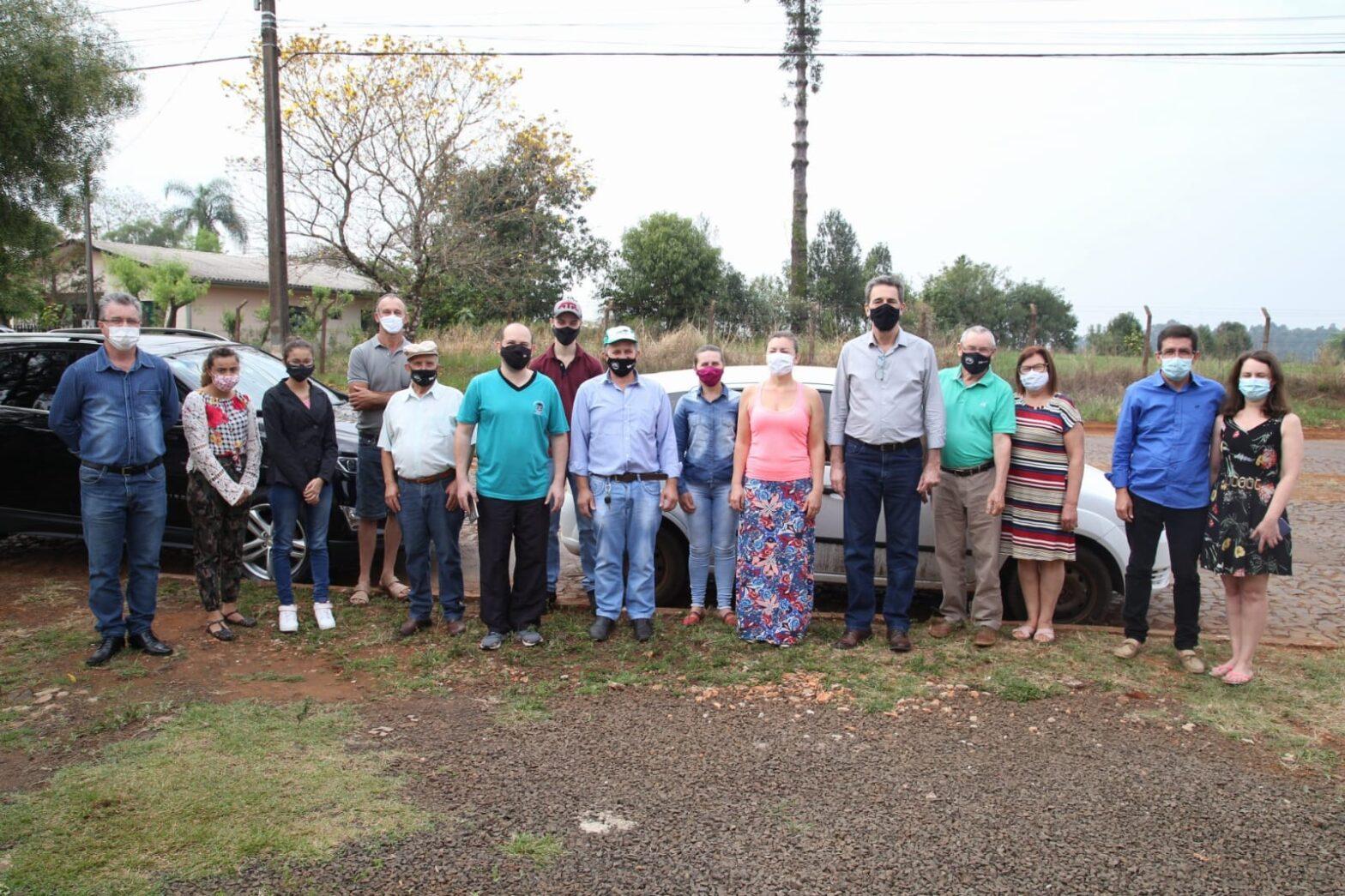 Enio Verri visitou os municípios de Porto Barreiro e Virmond